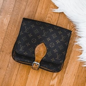 Auth LOUIS VUITTON Cartouchiere Crossbody Bag